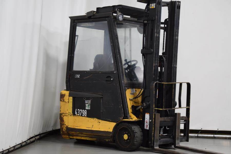 Caterpillar EP20NT, Electric forklifts, Material Handling