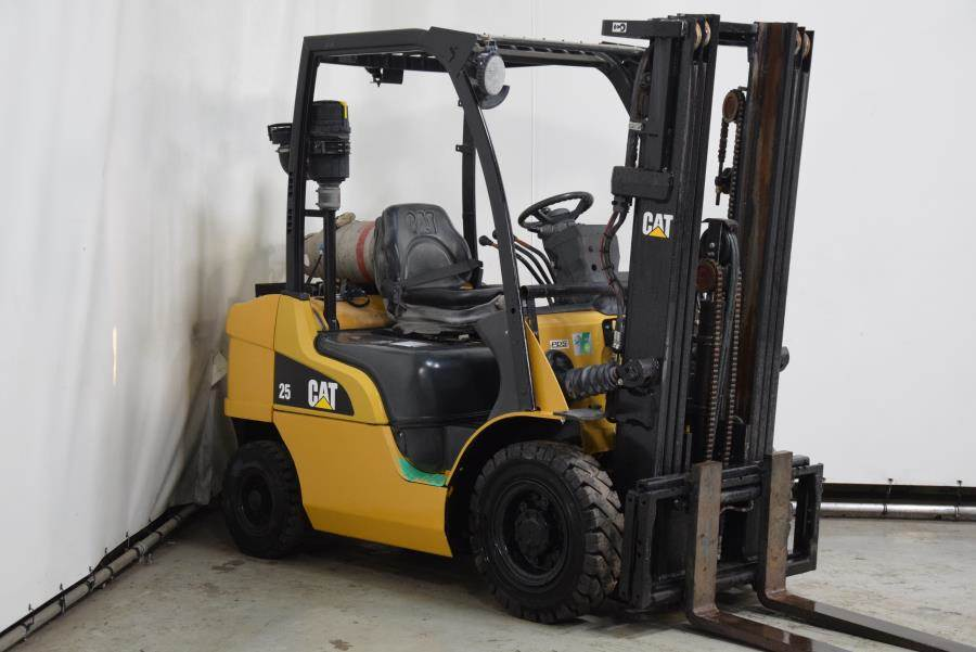 Caterpillar GP25N, LPG forklifts, Material Handling