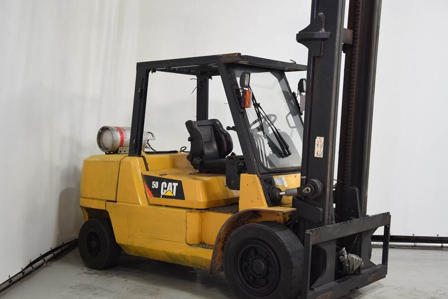 Caterpillar GP50K2, LPG forklifts, Material Handling
