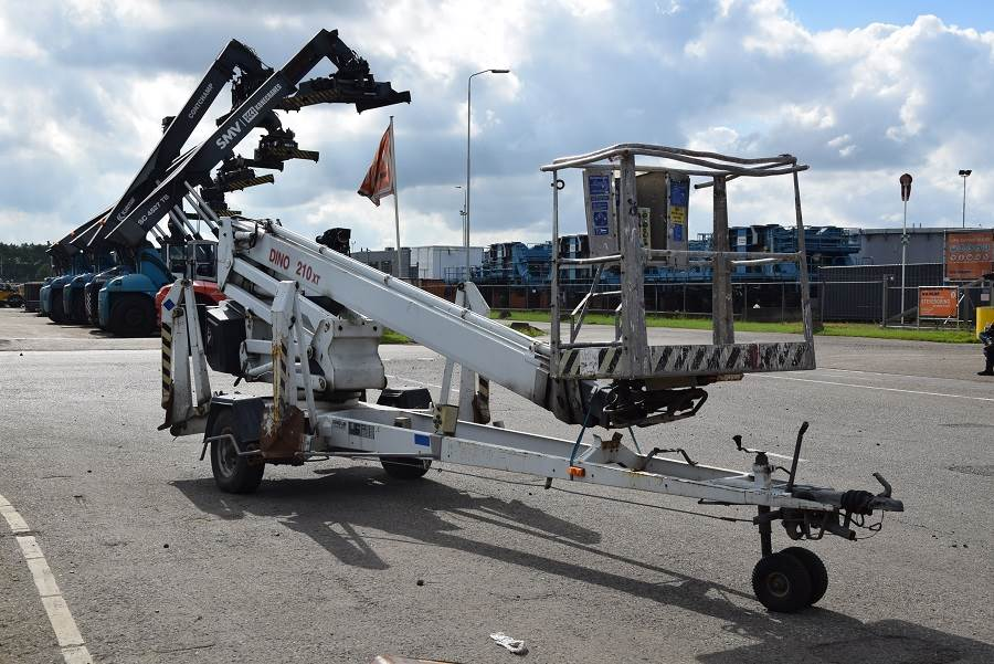 Dino 210XT, Trailer mounted aerial platforms, Construction