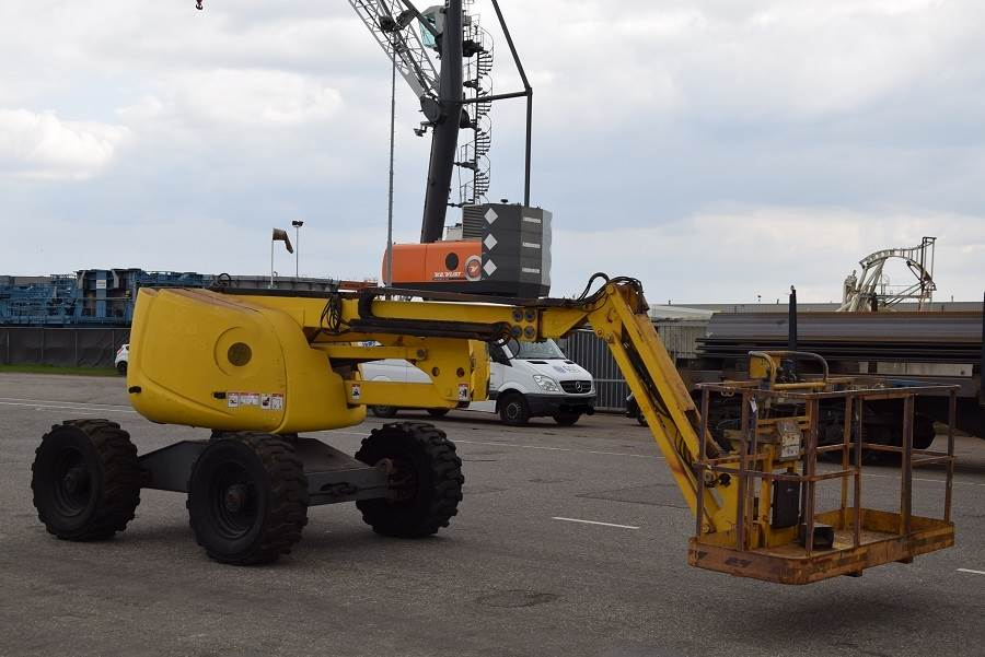 Haulotte HA16PXNT, Articulated boom lifts, Construction