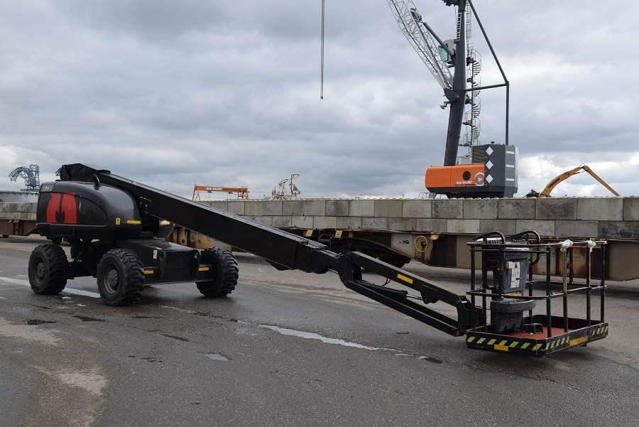 JLG 660SJ, Telescopic boom lifts, Construction