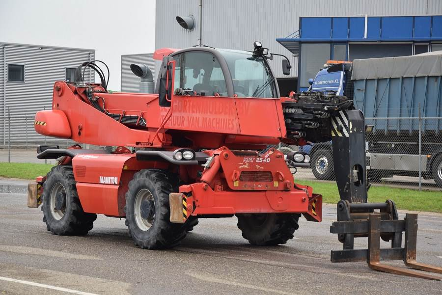 Manitou MRT2540 Privilege, Telescopic handlers, Construction