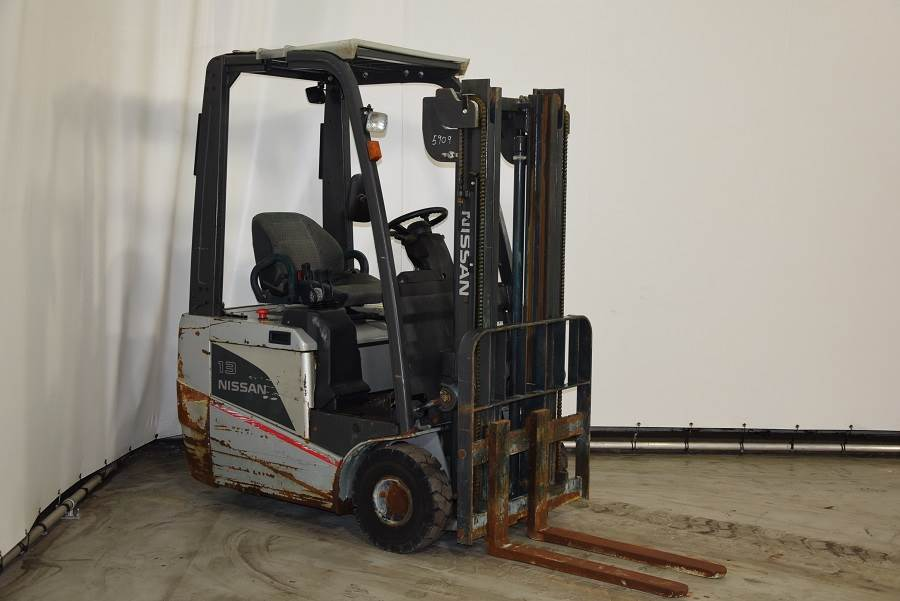 Nissan S1N1L13Q, Electric forklifts, Material Handling