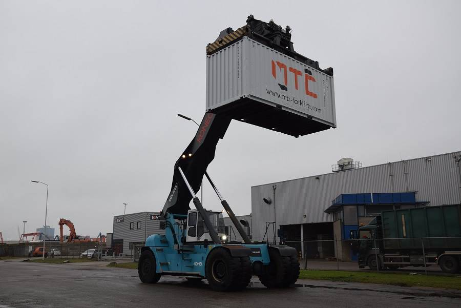 SMV 4535TB5, Reachstackers, Material Handling