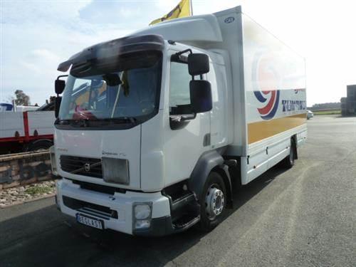 Volvo FL, Skåpbilar, Transportfordon