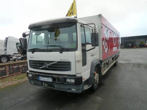 Volvo FL615, Skåpbilar, Transportfordon
