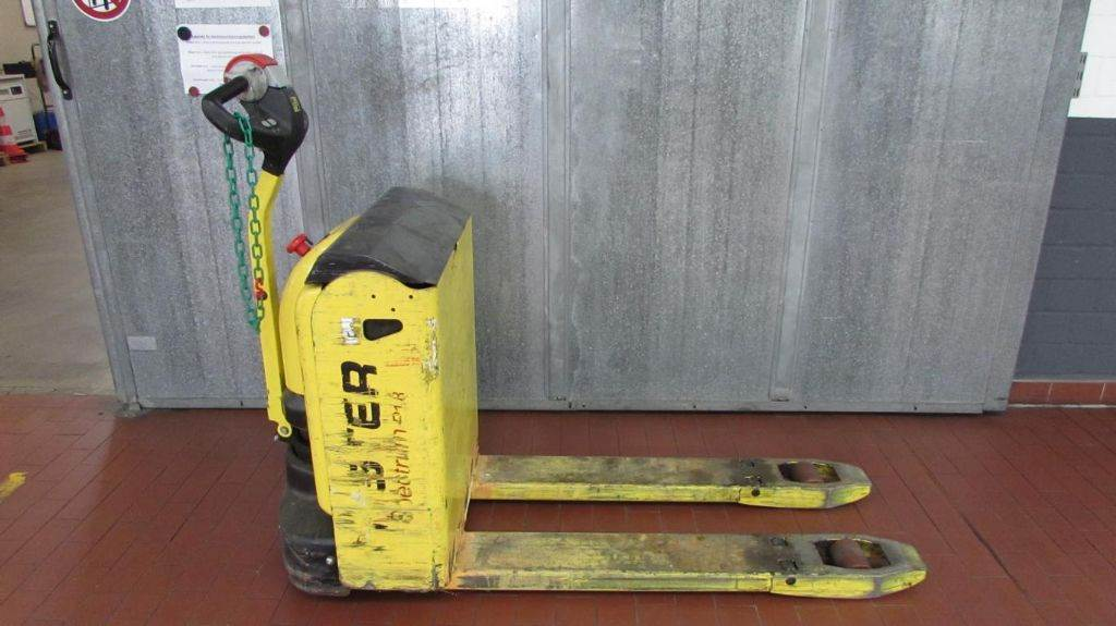 Hyster P 1.8 AC, Low lifter, Material Handling