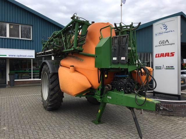 Amazone UX5200, Getrokken spuitmachines, Landbouw