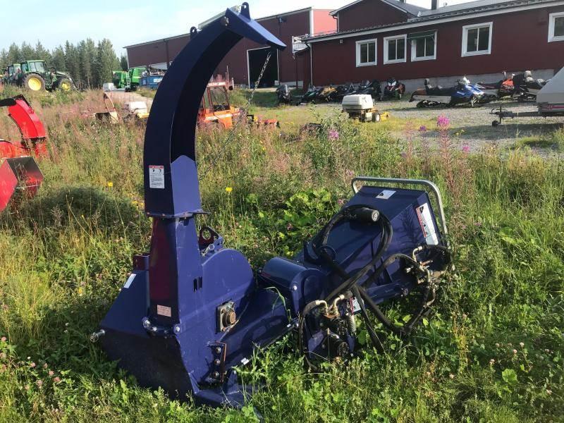 Bonnet 2000T, Vedklyvar och vedkapar, Skogsmaskiner