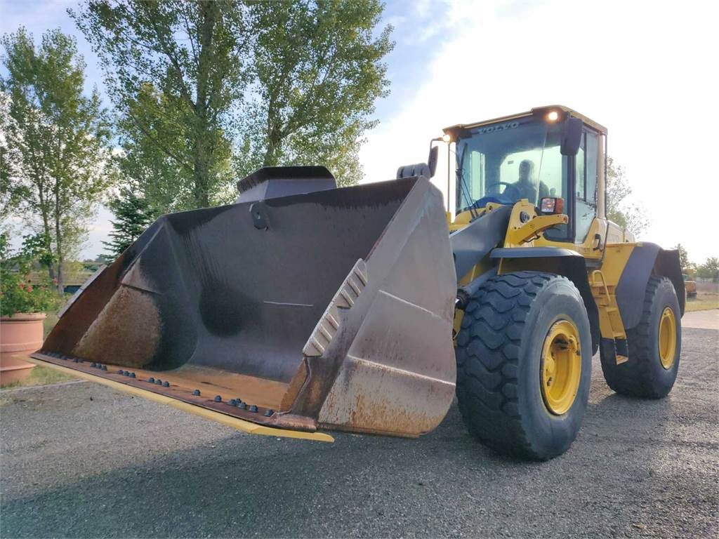 Volvo L120F, Wheel Loaders, Construction Equipment
