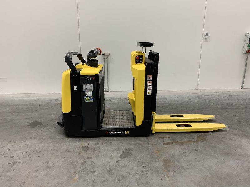 Hyster LO1.0F, Low lift order picker, Material Handling