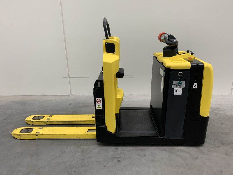 Hyster LO2.0 AC, Low lift order picker, Material Handling