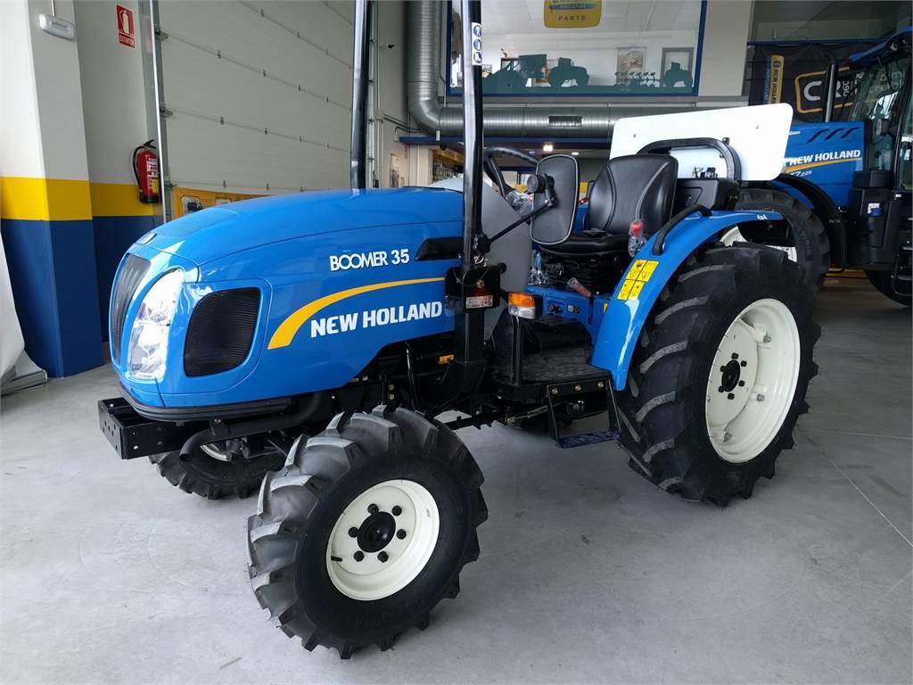 New Holland Boomer 35