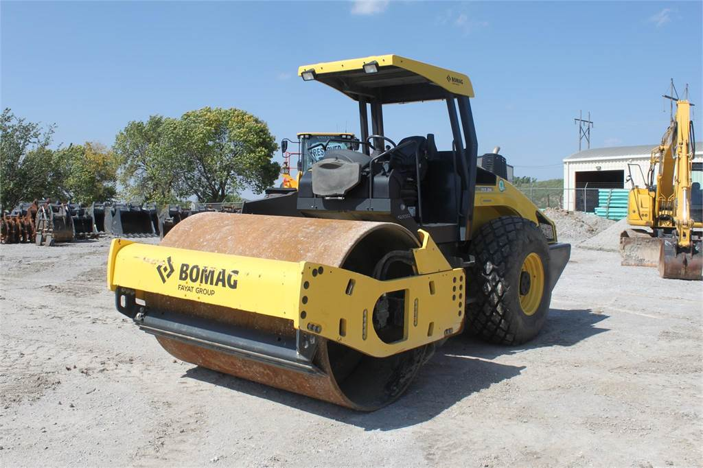 Bomag BW213DH-4, Asphalt Compactors, Construction Equipment