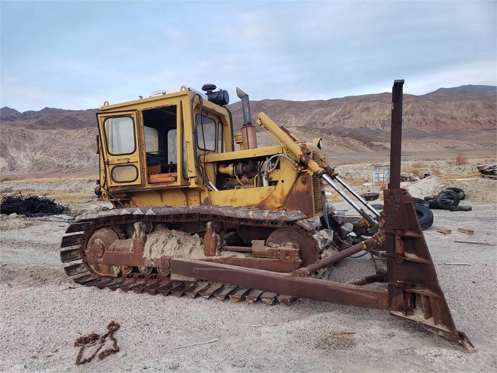 Caterpillar D6C, Crawler dozers, Construction Equipment
