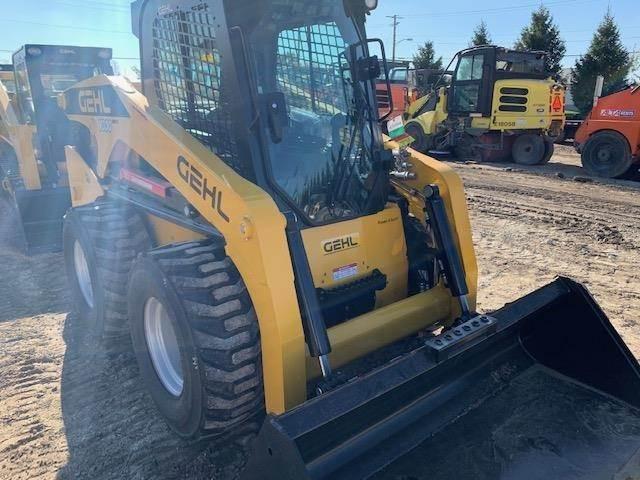Gehl V330, Skid Steer Loaders, Construction Equipment