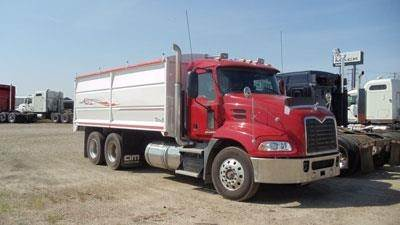 Mack PINNACLE CXU613, Farm and Grain Trucks, Trucks and Trailers