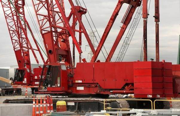 Manitowoc 2250 III, Crawler Cranes, Construction Equipment
