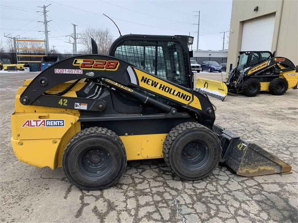 New Holland L228, Skid Steer Loaders, Construction Equipment