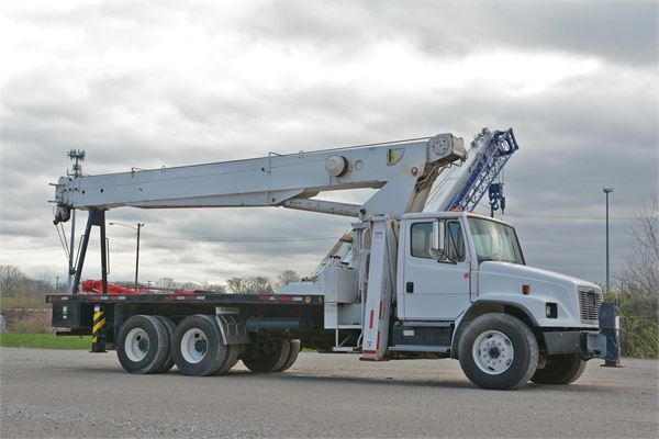 Terex BT4792, Boom Trucks, Trucks and Trailers