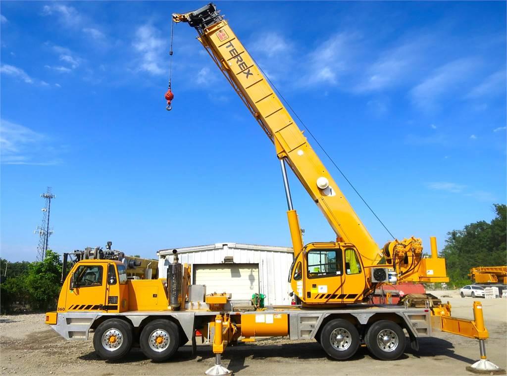 Terex T560-1, Boom Trucks, Trucks and Trailers