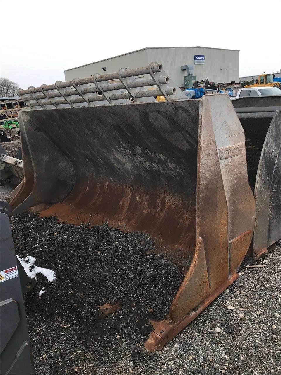 Volvo, Buckets, Construction Equipment