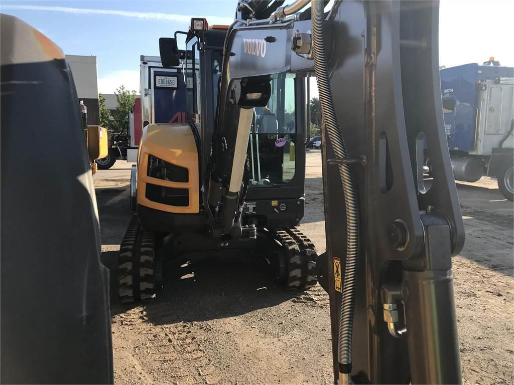 Volvo ECR40D, Compact Excavators, Construction Equipment