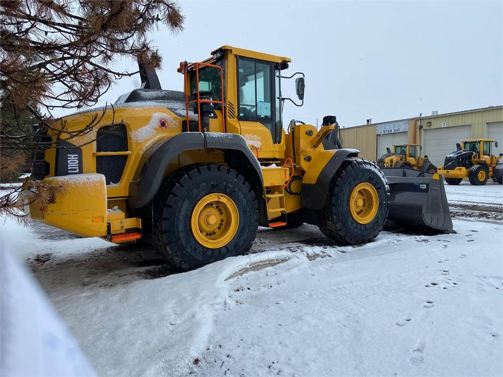 Volvo L110, Wheel Loaders, Construction Equipment