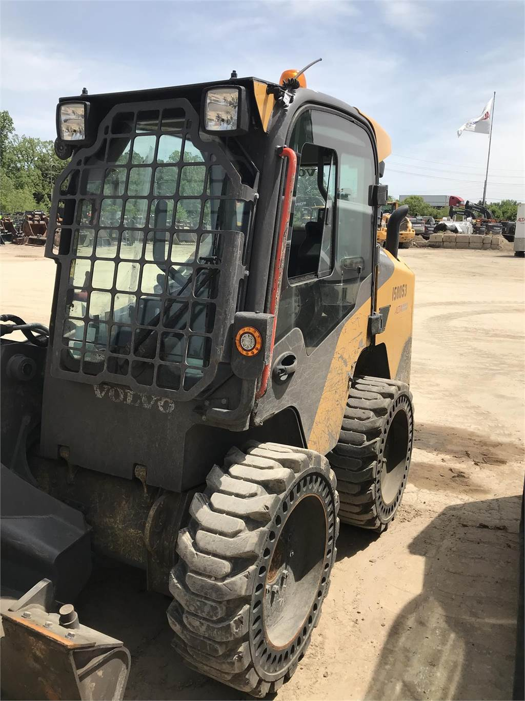 Volvo MC110D, Skid Steer Loaders, Construction Equipment