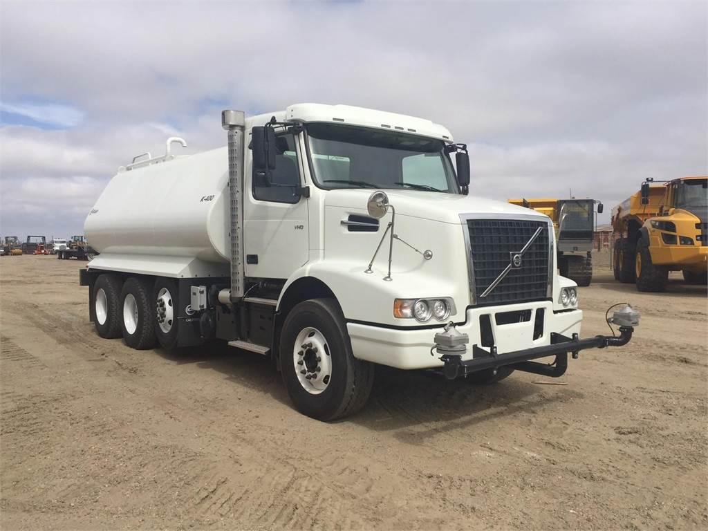 Volvo VHD64B300, Water Trucks, Construction Equipment