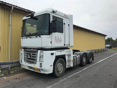 Renault Magnum, Trækkere, Transport