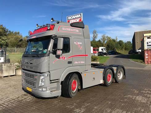 Volvo FM, Trækkere, Transport