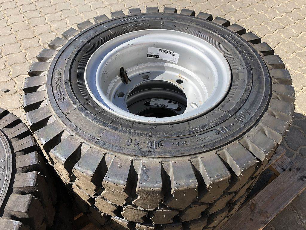 Continental Hjul 7.00 - 12, Tires, wheels and rims, Construction Equipment