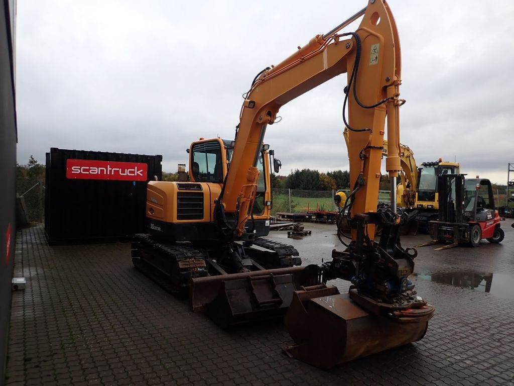 Hyundai R80CR-9, Mini excavators, Construction Equipment