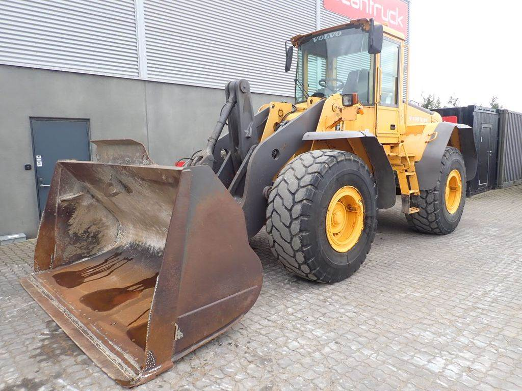 Volvo L110E, Wheel Loaders, Construction Equipment