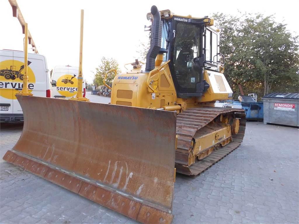 Komatsu D51PX-24, Crawler dozers, Construction Equipment