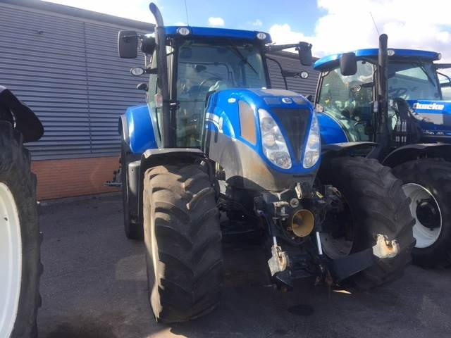 New Holland T7.210 AUTO COMMAND Frontlift og PTO