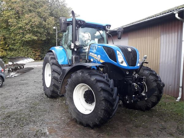 New Holland T7.270 Auto Command Tier 4B 75 timer