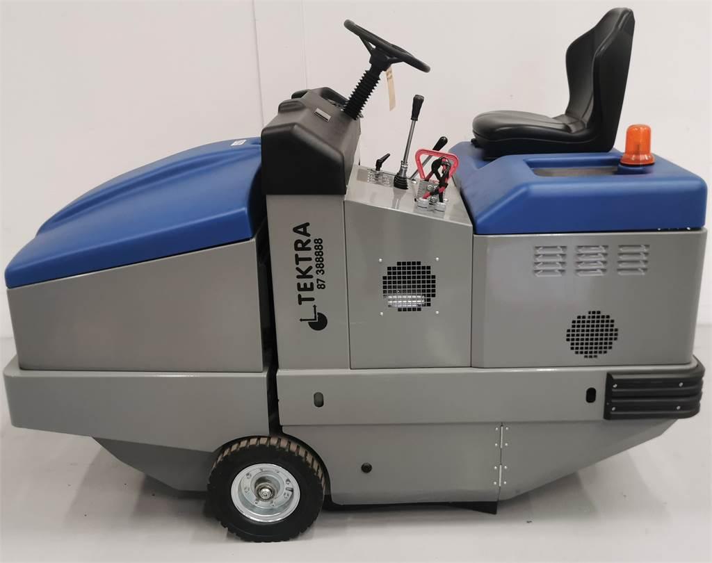 Fiorentini S32B, Indendørs koste, Trucks