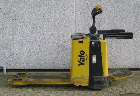 Yale MP20X - 300 AH, El-palleløftere med platform, Trucks