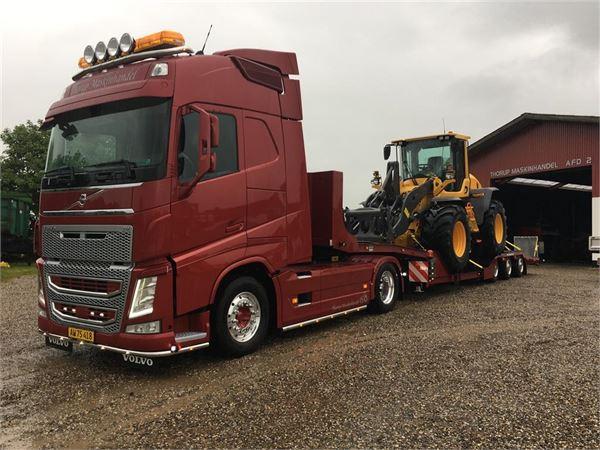 New Holland T6080 MED FIN FRONTLÆSSER
