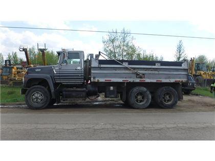 ford l9000 ta dump truck canada 1990 15 000 dump trucks for sale mascus canada. Black Bedroom Furniture Sets. Home Design Ideas