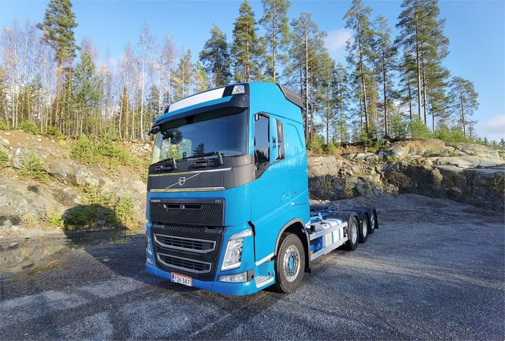 Volvo FH540 Tridem alusta, Kuorma-autoalustat, Raskas kalusto ja perävaunut