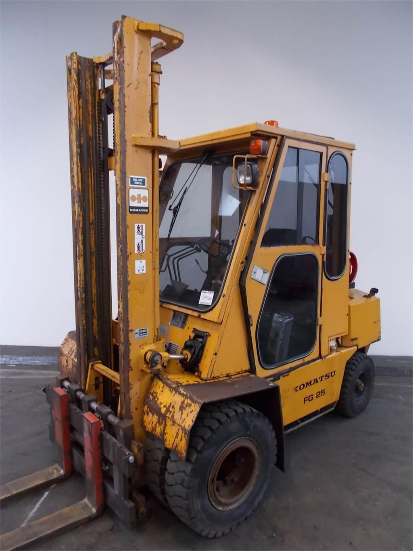 Komatsu FG25T-8, LPG trucks, Material Handling