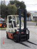 Nissan H01A18U, 2000, Forklift trucks - others