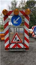 Absperrtafel verkehrleitanhänger verkehrssicherung, Ostali komunalni strojevi