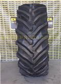 Trelleborg TM800 650/65R38, Däck, hjul och fälgar