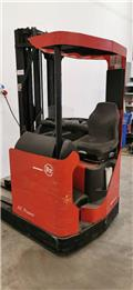 BT RR B 1, 1999, Reach trucks