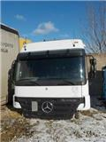Mercedes-Benz Actros, Cabinas